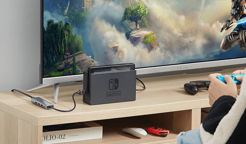USB-C Hub with Switch